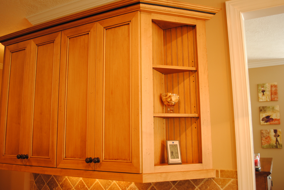 corner cabinet traditional kitchen - Kitchen Corner Cabinet Ideas